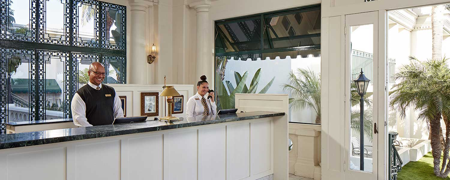 Glorietta Bay Inn front desk
